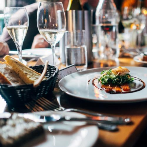 The Do's and Don'ts of Fine Dining Table Manners